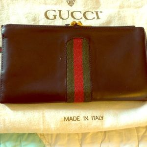 Gucci Bags - Vintage Gucci trfold wallet